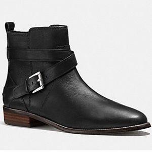 Coach Lannah Safari Leather Black Ankle Bootie 🌿